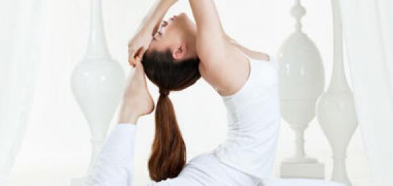 cac-tu-the-yoga-tang-chieu-cao