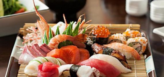 giai-ma-ly-do-tai-sao-an-sushi-lai-song-lau