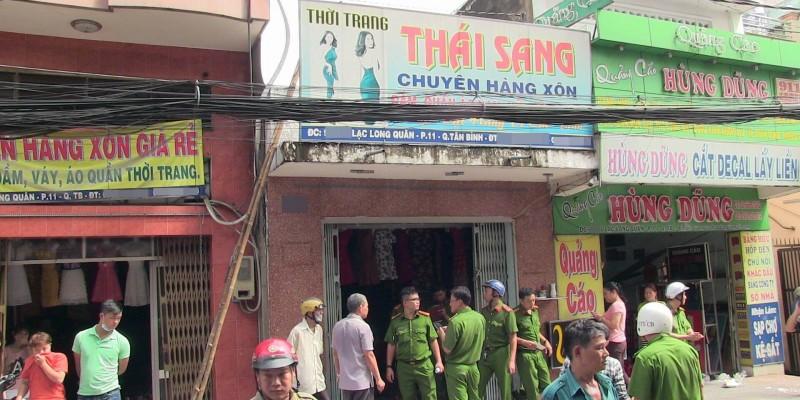 tp-hcm-di-hoc-ve-con-choang-vang-khi-biet-cha-me-bong-nang-nghi-do-tu-dot-nha-sau-cai-va