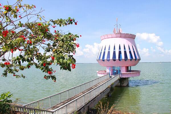 Cụm du lịch Hồ Dầu Tiếng - Địa điểm du lịch Bình Dương hấp dẫn