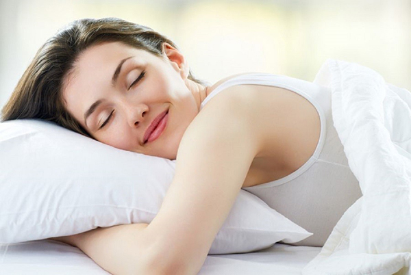 Phụ nữ nên ngủ đủ giấc, tốt nhất từ 6 – 9 tiếng mỗi đêm