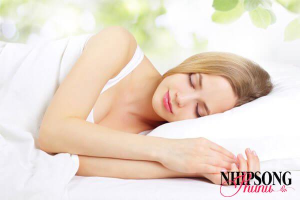 Ngủ đủ giấc để giảm cân an toàn