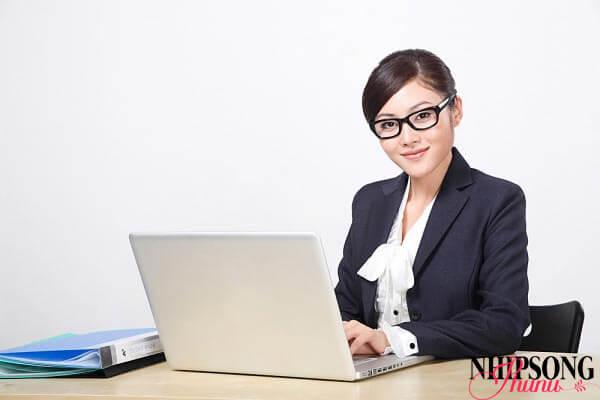 Chuyên viên maketing online là nghề nghiệp khiến vòng 2 gia tăng nhanh