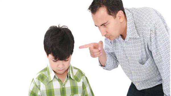 Cha mẹ không nên quá ép con vào khung mình muốn