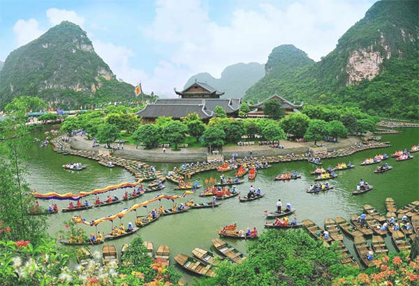 Tràng An đã được UNESCO công nhận là di sản văn hóa thế giới kép từ năm 2014