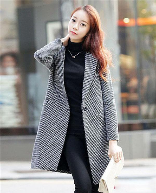 Lựa chọn áo khoác cho mùa đông cần chú ý cả màu sắc và phom dáng