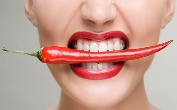 Mẹ bầu chỉ nên ăn ớt ở mức độ vừa phải để tránh ảnh hưởng đến thai nhi