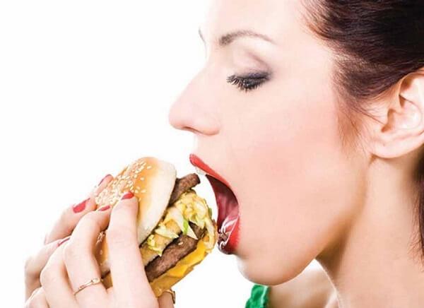 Tránh xa thức ăn nhanh, nước uống có ga nếu muốn tăng chiều cao