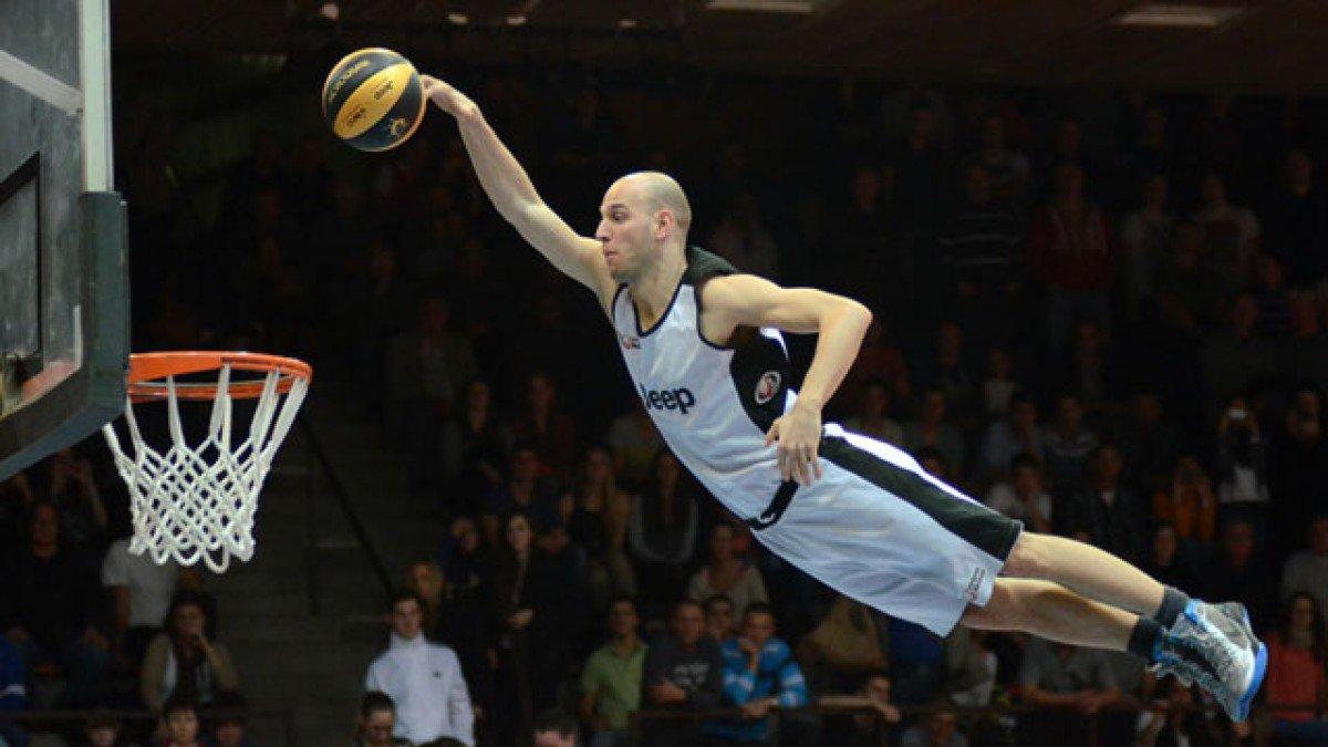 [Hình: vertical-jump-basketball_fe.jpg]