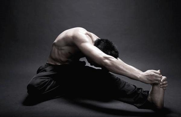Để sở hữu chiều cao nổi bật nam giới cần tiến hành tập luyện thường xuyên