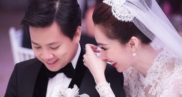 Câu dâu và chú rể trong đám cưới hot nhất năm