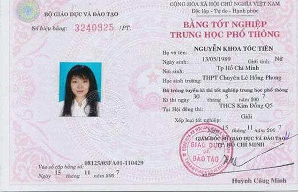 Tóc Tiên tốt nghiệp THPT loại giỏi