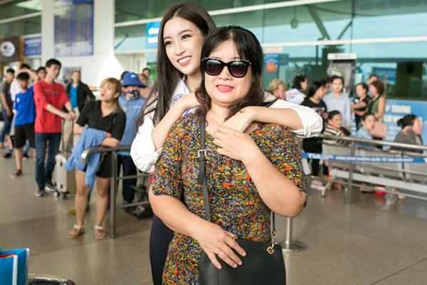 Hoa hậu Việt Nam 2016 và mẹ