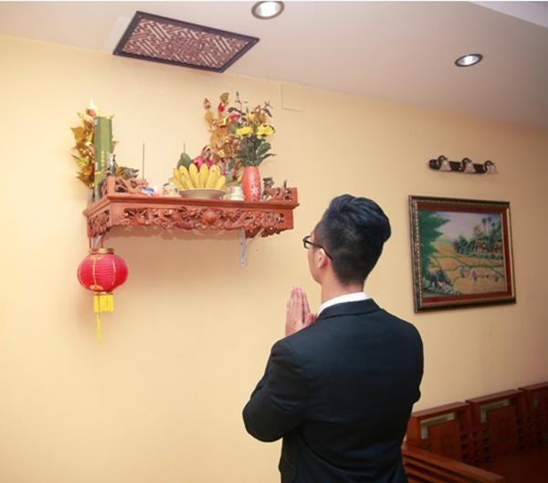 Khấn Thài Tài, luôn được xem là nghi thức quan trọng trong lễ cúng