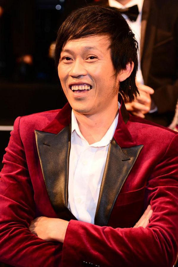 Chăm chỉ chạy show danh hài Hoài Linh thu về một khoản catse không hề nhỏ