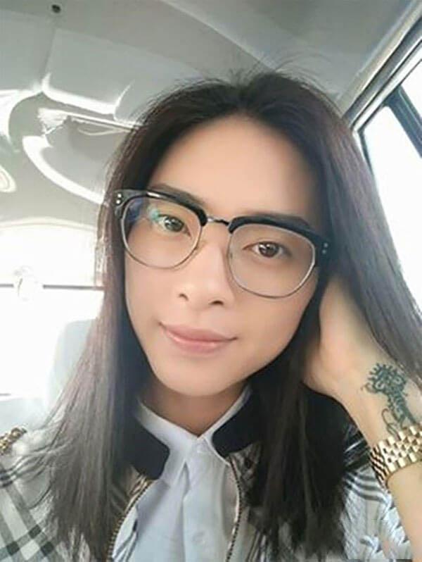 Vẻ đẹp không tuổi của Ngô Thanh Vân khiến fan hâm mộ thích thú dù không son phấn
