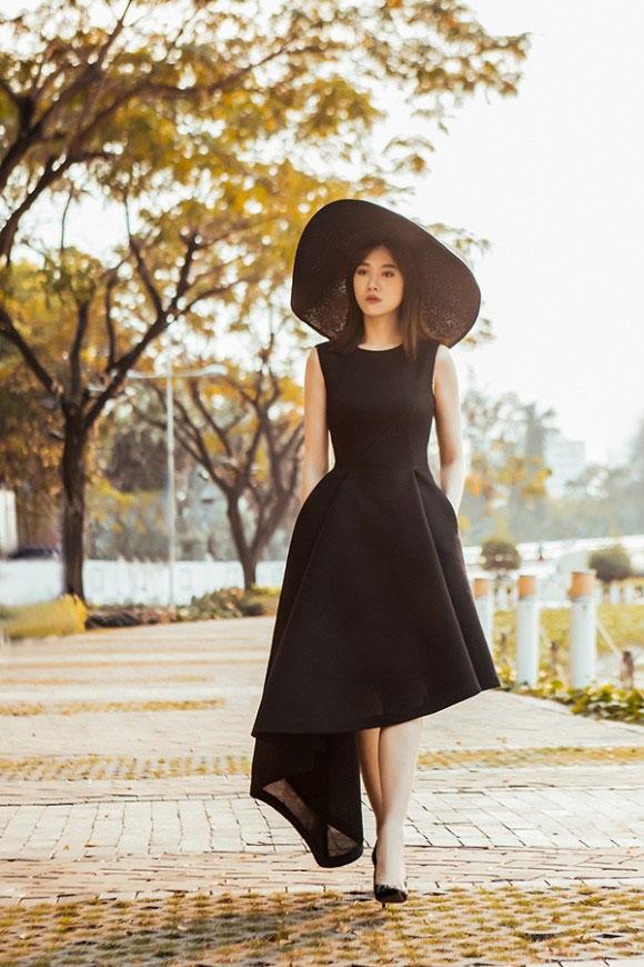 that-kho-nhan-ra-hari-won-trong-bo-anh-nay-7