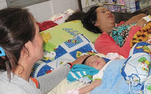 Thiếu tá bắn kẻ dìm nước bé 13 ngày tuổi lên tiếng