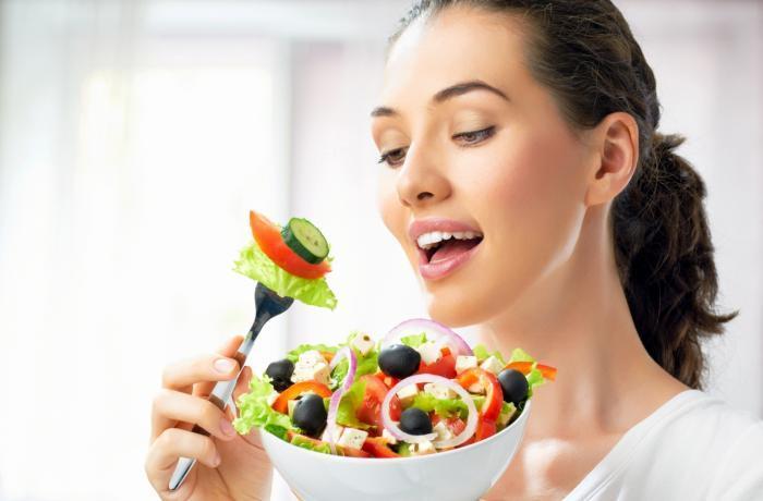 Ăn uống khoa học, hợp lý là một trong những cách phòng ngừa nám da hiệu quả