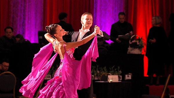 Khiêu vũ giúp người chơi trở thành tâm điểm của sự gợi cảm
