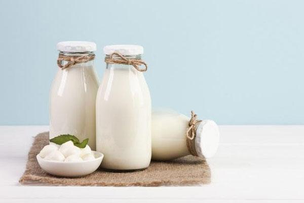 Không phải loại sữa nào cũng chứa Canxi