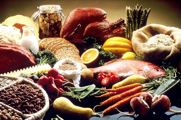 Thực phẩm tự nhiên là nguồn bổ sung dinh dưỡng dồi dào cho trẻ