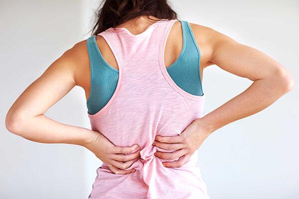 Chị em sẽ thường xuyên đau lưng khi mang thai
