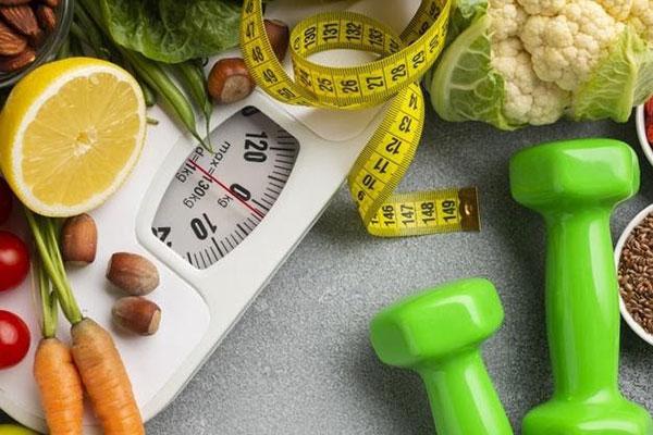 Chế độ ăn uống, sinh hoạt lành mạnh giúp điều chỉnh cân nặng về ngưỡng hợp lý