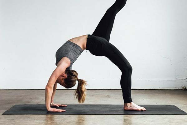 tap-luyen-yoga-giup-tang-chieu-cao