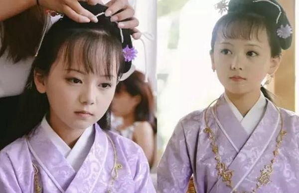 Diễn viên nhí xinh đẹp trong phim Hồng lâu mộng phiên bản nhí