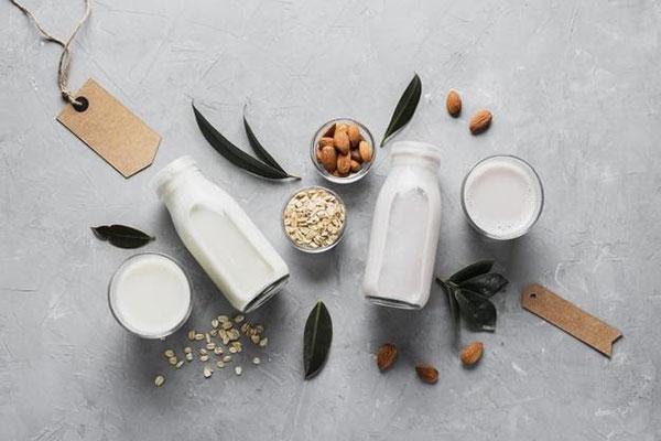 Sữa hạt được sản xuất từ các loại hạt giàu dinh dưỡng
